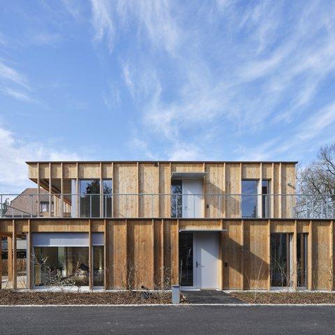 Elementbau Holzfassade Riehen Rebenstrasse MFH