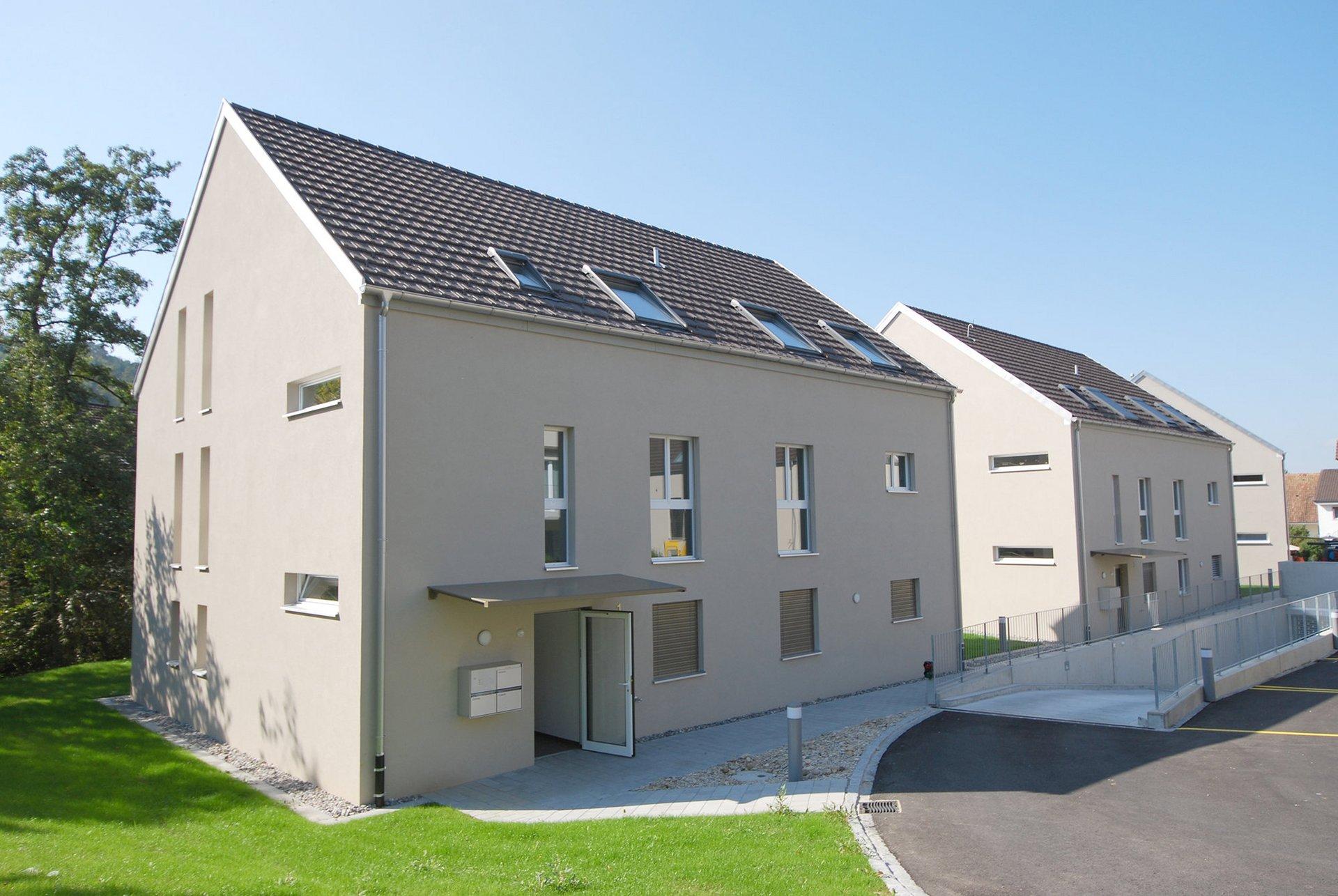 Dachkonstruktion mit Dämmung und Bedachung.