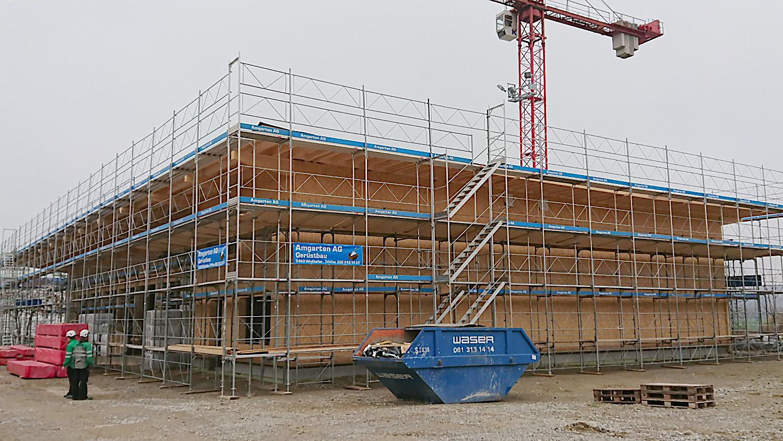 Werkhof in Elementbauweise mit zweiteiligen Brettschichtholzbindern