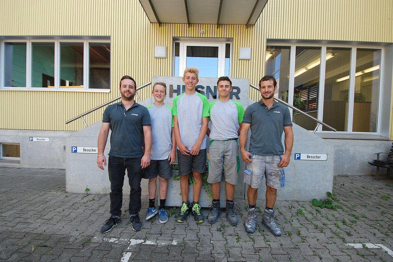 Lernende in der Ausbildung zum Zimmermann bei HUSNER AG Holzbau